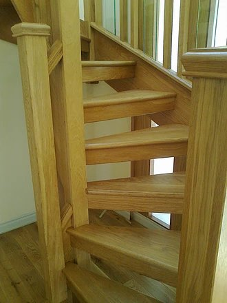 oak color stairs